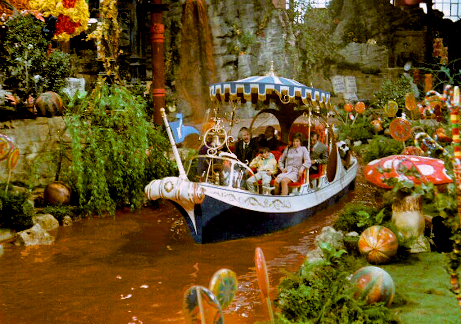 Boat In Charlie And The Chocolate Factory